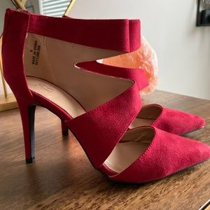 NY&CO Red Suede Strappy Heels - Size 8 - NEW